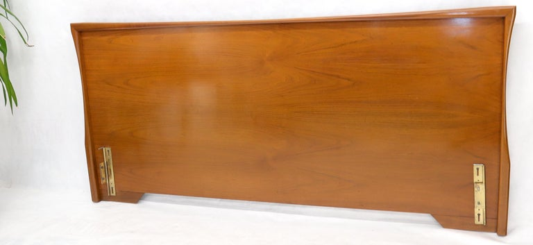 Lacquered Large Sculptural Light Mid-Century Modern Walnut King Size Headboard Bed For Sale