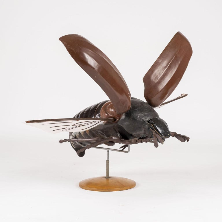 Large Sculpture of Insect in Flight In Good Condition For Sale In Houston, TX