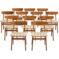 Large Set of 12 Dining Chairs in Teak, Denmark, 1960s