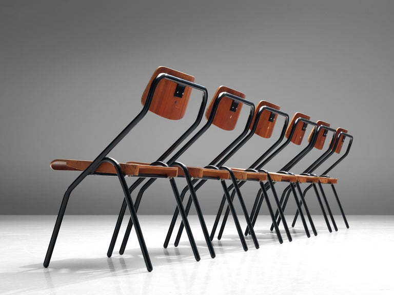 Large Set of Dutch Chairs with Black Tubular Frame In Good Condition For Sale In Waalwijk, NL