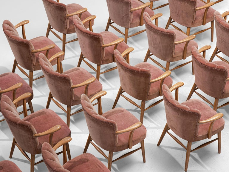 German Large Set of Twenty-Four Armchairs in Soft Rose Velvet For Sale