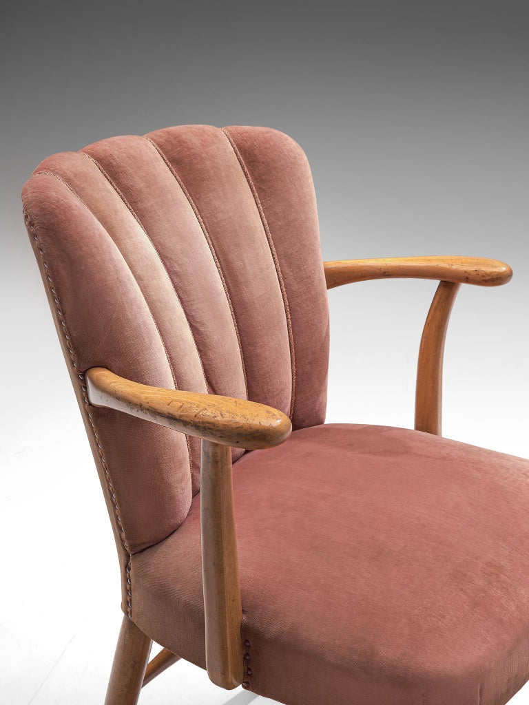 Large Set of Twenty-Four Armchairs in Soft Rose Velvet For Sale 2