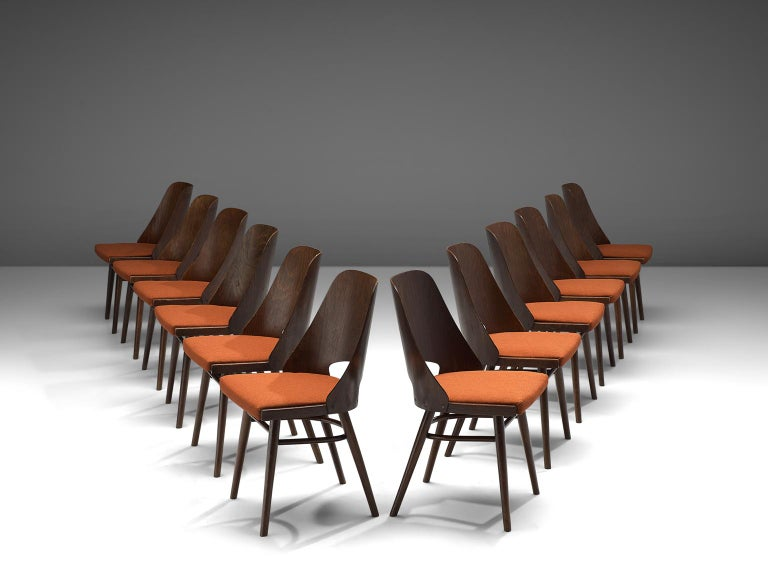 Mid-Century Modern Large Set of Twenty-Four Bentwood Dining Chairs with Coral Upholstery For Sale