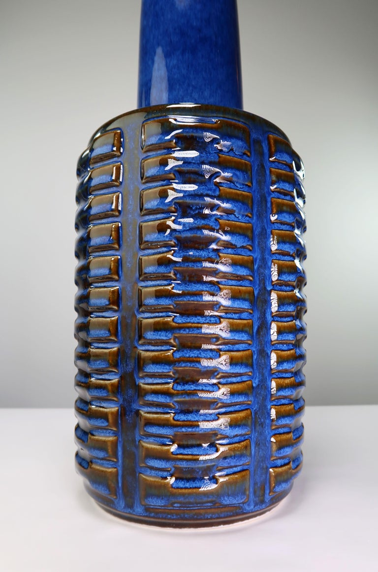 Mid-Century Modern Large Shiny Blue Danish Modern Stoneware Lamp by Johansen for Soholm, 1960s For Sale