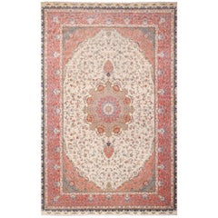 Large Silk and Wool Vintage Tabriz Persian Rug. Size: 13 ft x 20 ft
