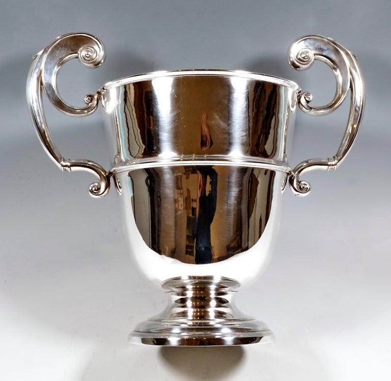 Art Nouveau Large Silver 925 Champagne Cooler by William Hutton & Sons, Birmingham 1925-1926 For Sale