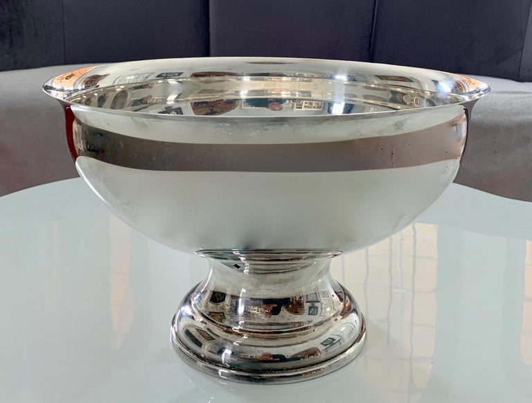 Mid-Century Modern Large Silver Footed Bowl Centerpiece Punch Bowl For Sale