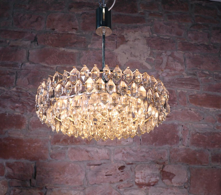 Mid-Century Modern Large Silver Plated Crystal Chandelier by Lobmeyr / Bakalowits & Sons, Vienna For Sale