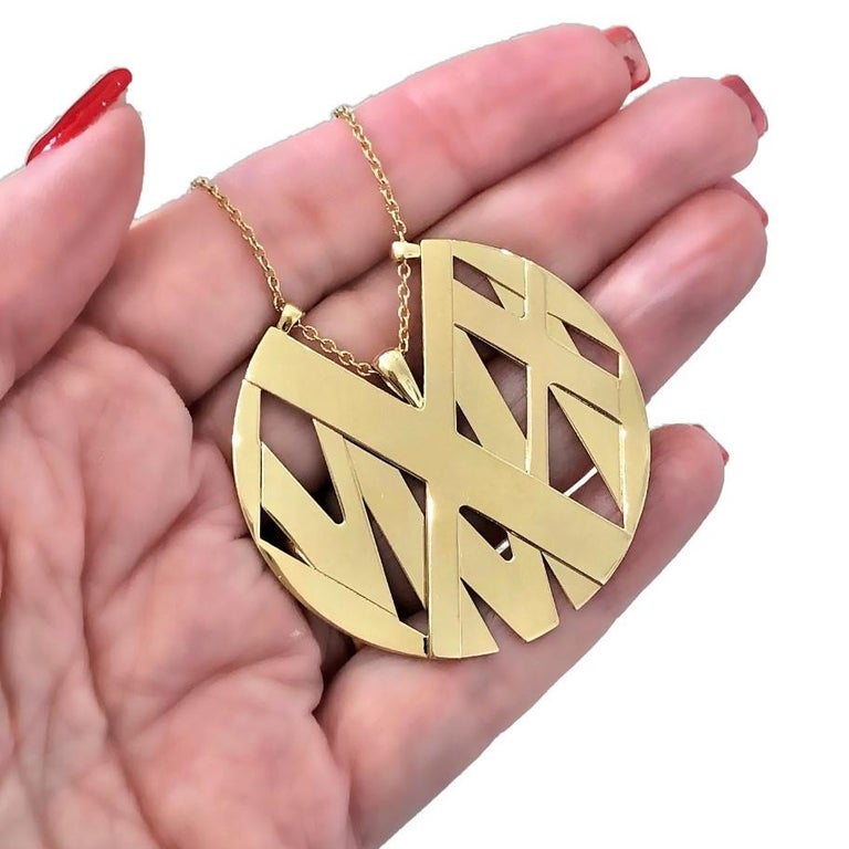 Large Size Tiffany & Co. 18K Yellow Gold Atlas Pendant Long For Sale 2