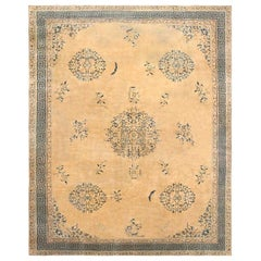 Large Size Antique Chinese Rug. Size: 16 ft 9 in x 21 ft (5.11 m x 6.4 m)