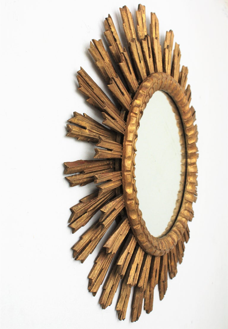 Large Giltwood Sunburst Mirror, Spain, 1920s In Excellent Condition For Sale In Barcelona, ES