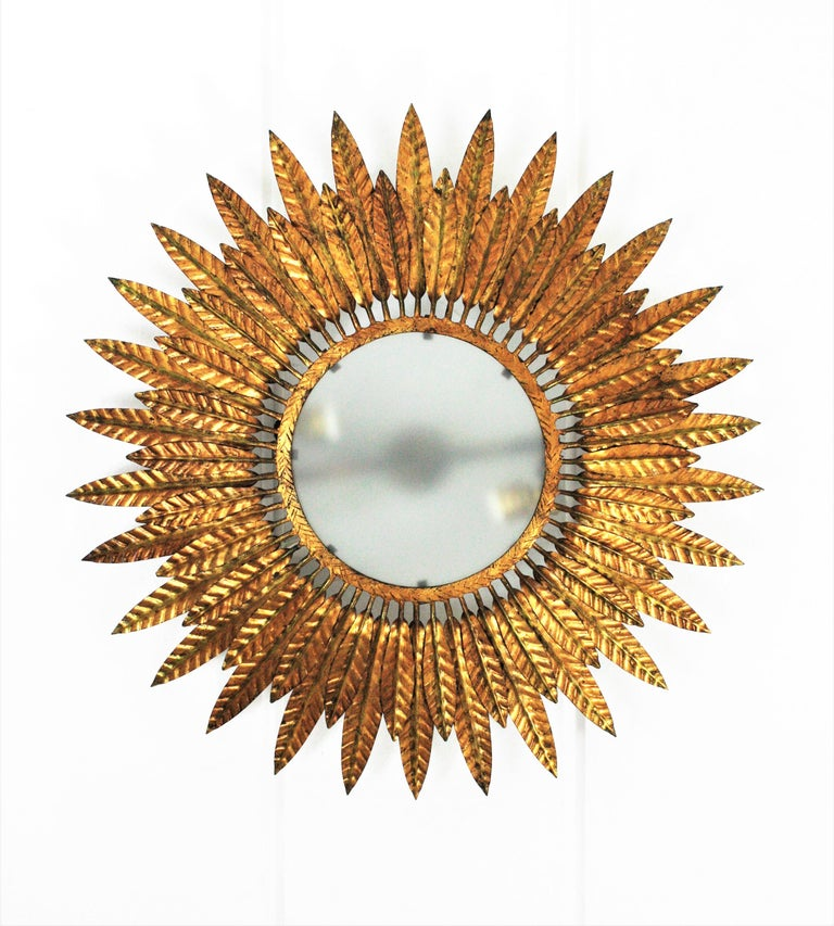 Large Spanish Sunburst Leafed Light Fixture in Gilt Metal with Frosted Glass For Sale 2