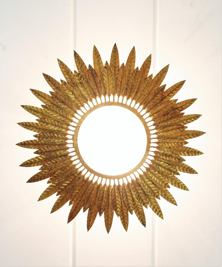 Large Spanish Sunburst Leafed Light Fixture in Gilt Metal with Frosted Glass For Sale 3