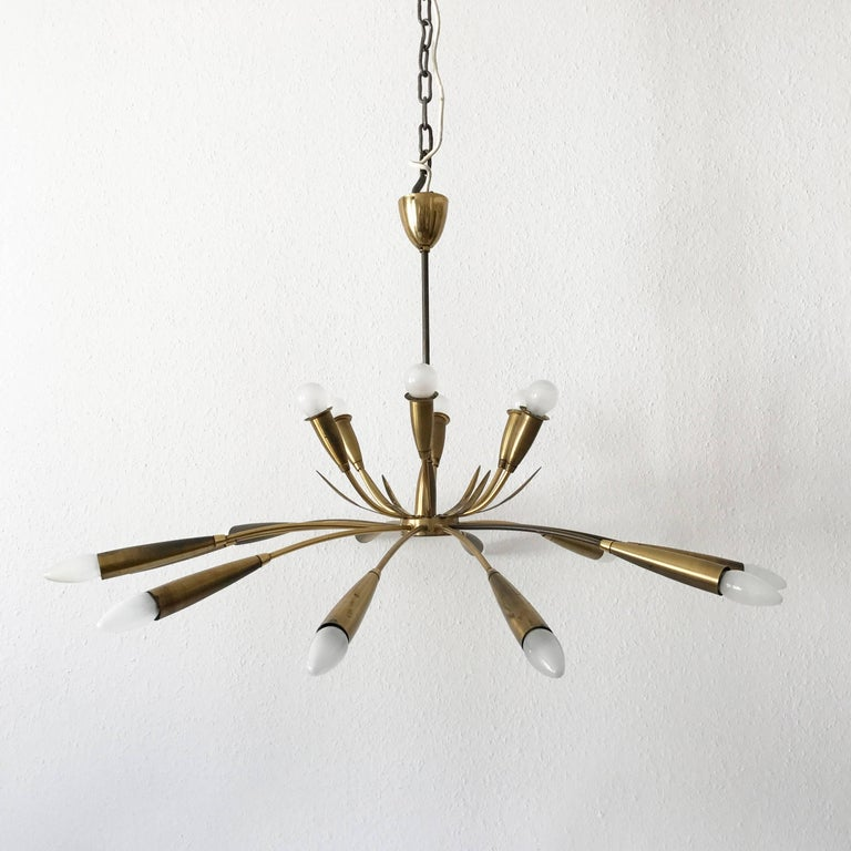 Mid-Century Modern Large Sputnik Brass Chandelier with 18 Arms, 1950s For Sale