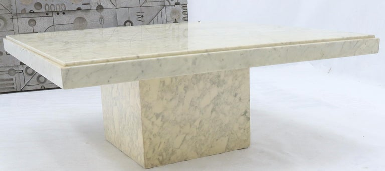 Large Square White Marble Coffee Table In Good Condition For Sale In Rockaway, NJ