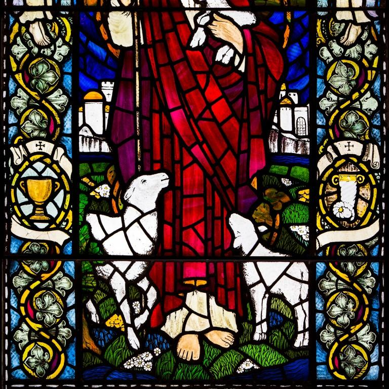 Large Stained Glass Jesus Window from Scottish Church In Good Condition For Sale In Edinburgh, GB