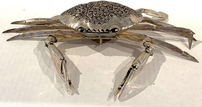 Large Sterling Articulated Model/ Spice Box of a Crab In Good Condition For Sale In West Palm Beach, FL