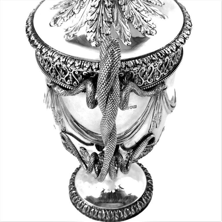 Large Sterling Silver Lidded Cup Trophy 1927 Snake Handles Vase Cooler For Sale 3