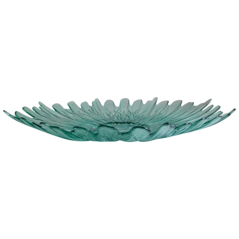 Hand-Crafted Large Sunflower Dish by Tapio Wirkkala For Sale