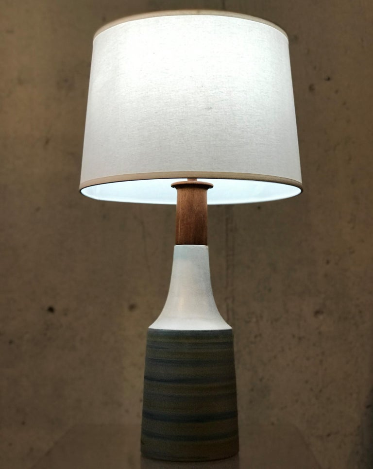 Large Martz Mid Century Table Lamp by Jane and Gordon Martz for Marshall Studios For Sale 6