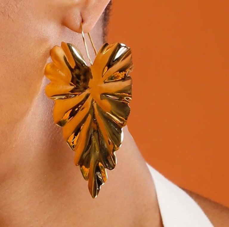 Jam+Rico Large Textured Leaf Hoja Post Earrings  In New Condition For Sale In Brooklyn, NY