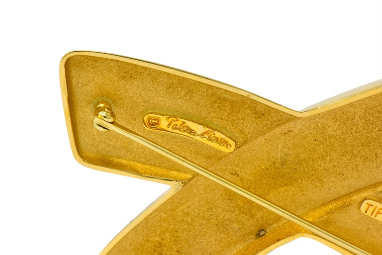 Large1980's Paloma Picasso Tiffany & Co. 18 Karat Gold Graffiti X Brooch In Excellent Condition For Sale In Philadelphia, PA