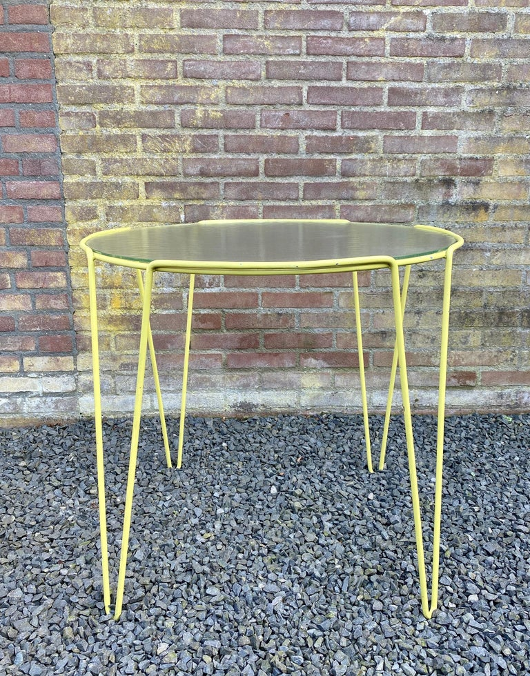 Mid-Century Modern Large Unica Side Table by Arnold Bueno de Mesquita for Spurs, circa 1955 For Sale