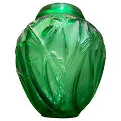 """Large Vase """"Sauterelles"""" R. Lalique"""