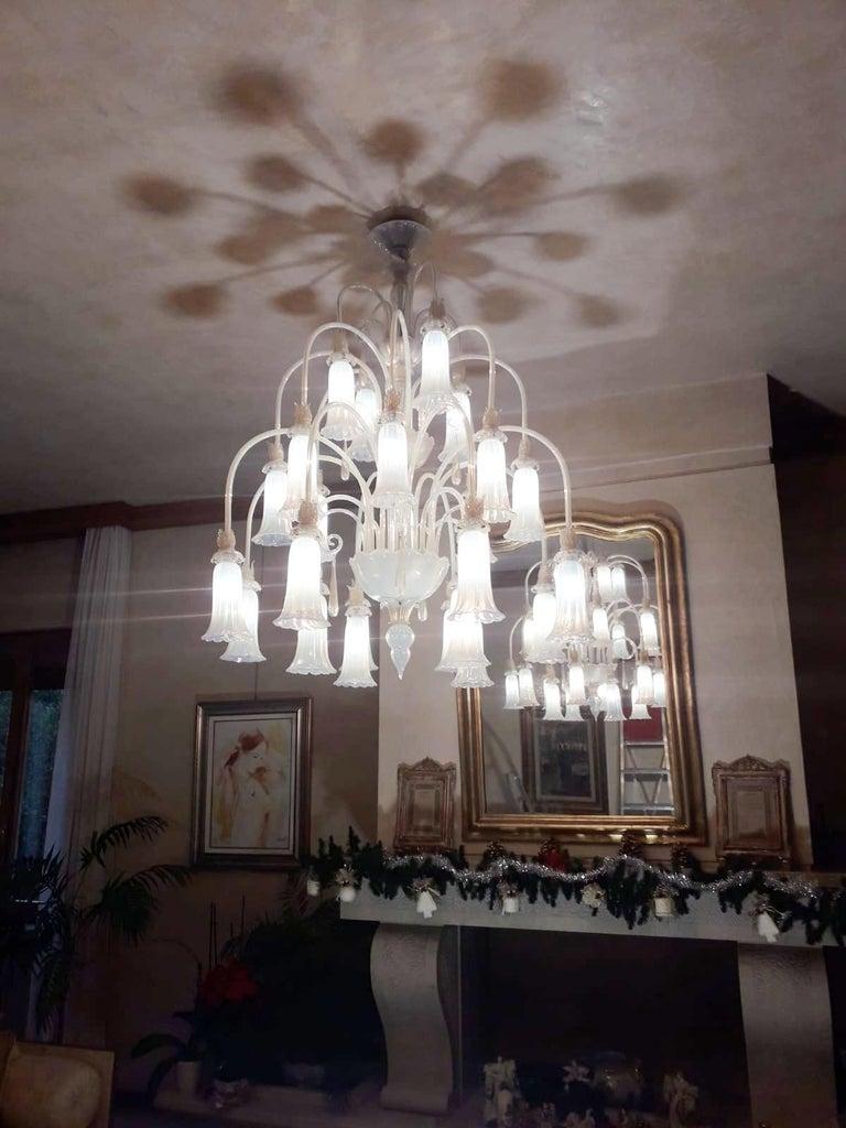 Large Venetian Opaline Chandelier For Sale 1