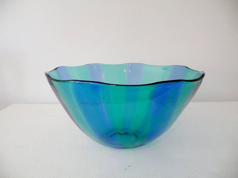 Large Venini Fulvio Bianconi Fasce Verticali Green and Blue Bowl For Sale 1