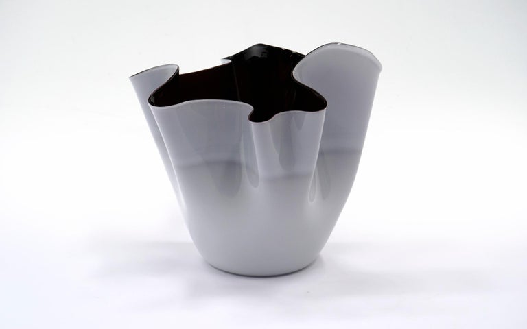 Mid-Century Modern Large Venini Hankerchief Artglass / Glass Bowl / Vase, Almost Black and White For Sale