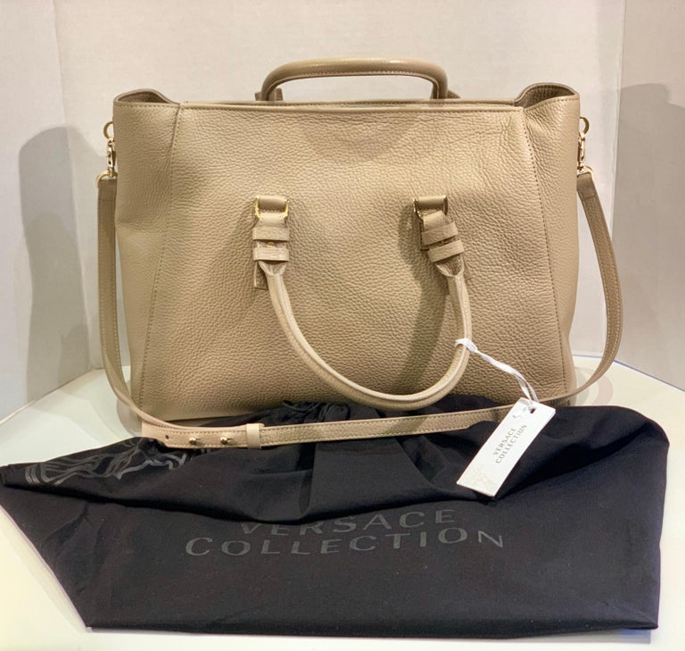 Large Versace Collection Neutral Textured Leather Tote Bag Purse Retail 1765.00 In New Condition For Sale In Tustin, CA