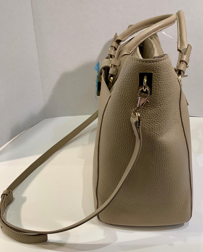 Women's Large Versace Collection Neutral Textured Leather Tote Bag Purse Retail 1765.00 For Sale
