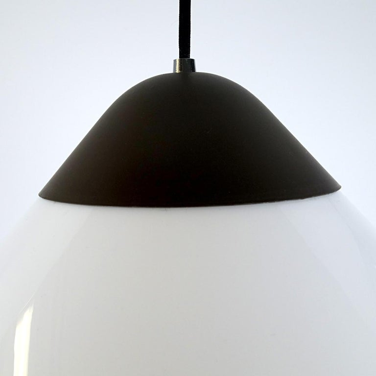 Large version of the Opala pendant that Hans J. Wegner originally designed for a Copenhagen hotel.