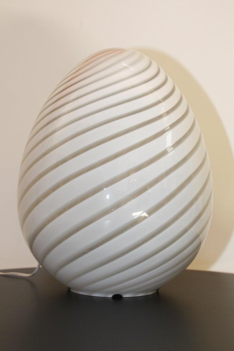 Large Vetri Murano White Egg Table Lamp For Sale 3
