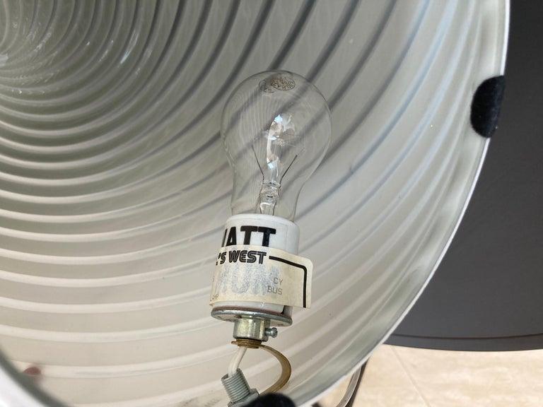 Large Vetri Murano White Egg Table Lamp For Sale 7