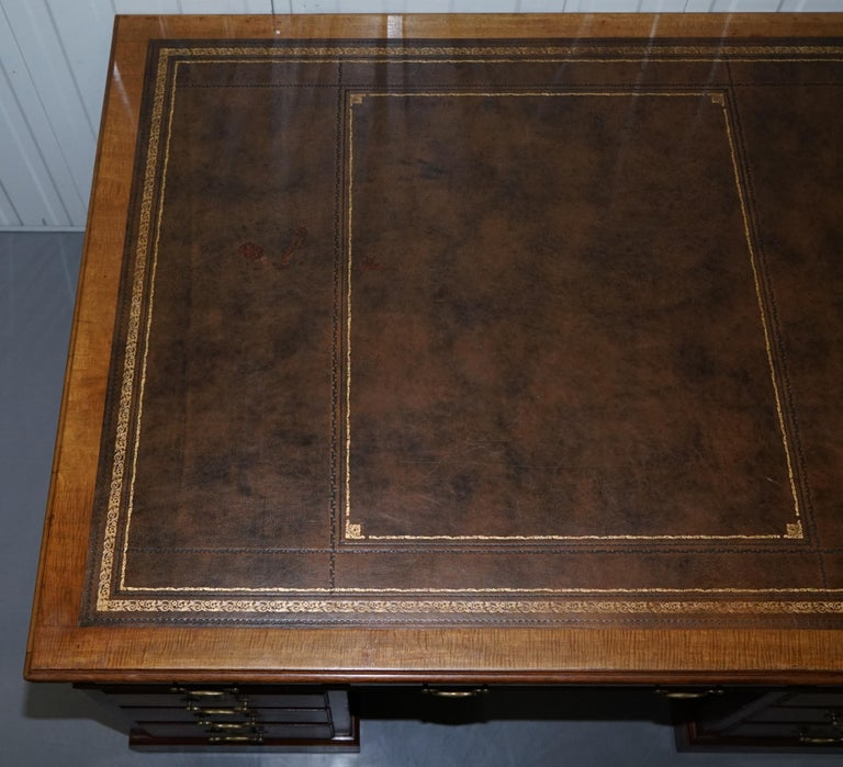 Hand-Carved Large Victorian 16-Drawer Double Sided Twin Pedestal Partner Desk Brown Leather