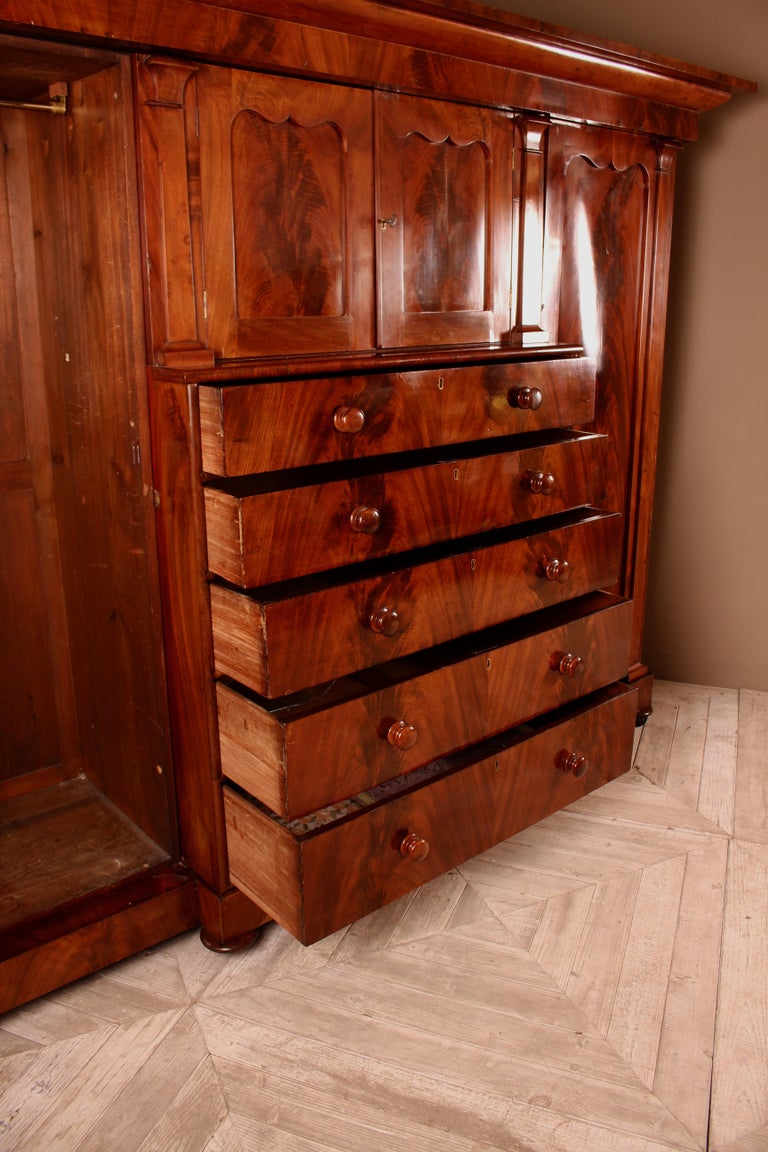 Mid-19th Century Large Victorian Flamed Mahogany Compactum Wardrobe For Sale