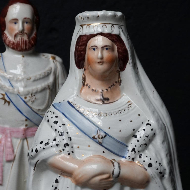 Large Victorian Staffordshire Figurines of Queen Victoria and Prince Albert For Sale 2