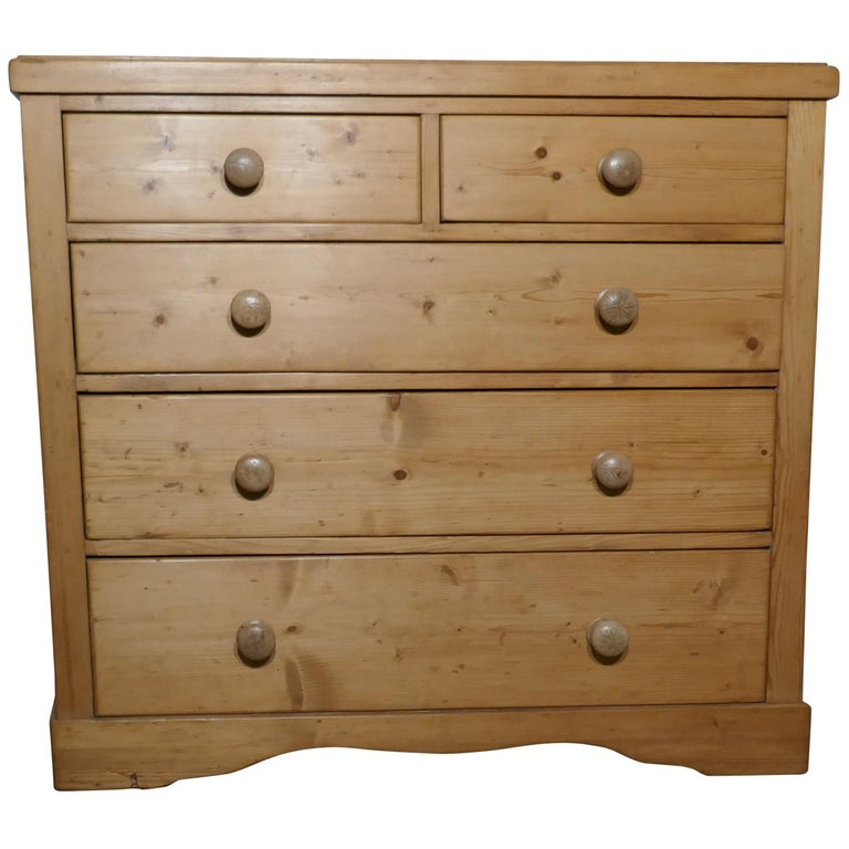new style 91595 cc8ec Large Victorian Stripped Pine Chest of Drawers