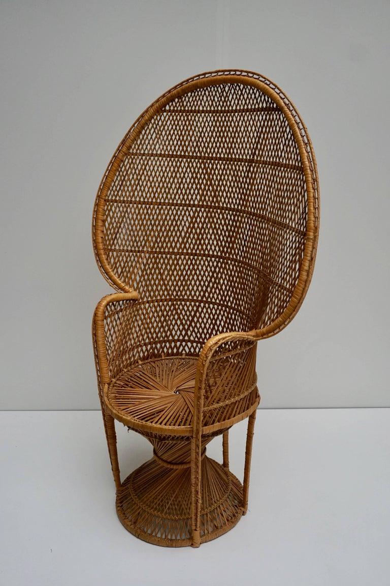 Large Vintage 1970s Wicker Emmanuel/Peacock Armchair For Sale 4
