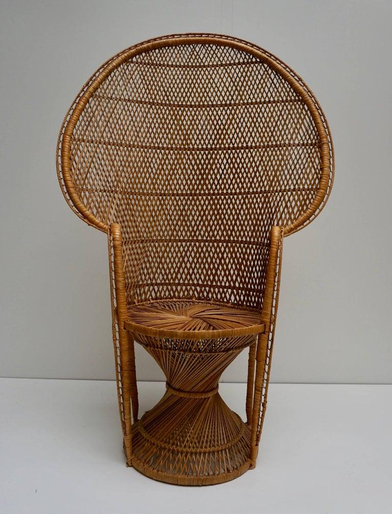 Large Vintage 1970s Wicker Emmanuel/Peacock Armchair For Sale 8