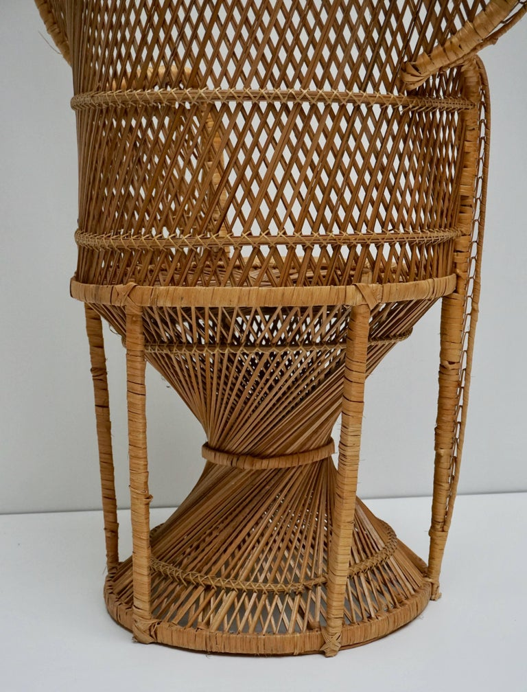 20th Century Large Vintage 1970s Wicker Emmanuel/Peacock Armchair For Sale