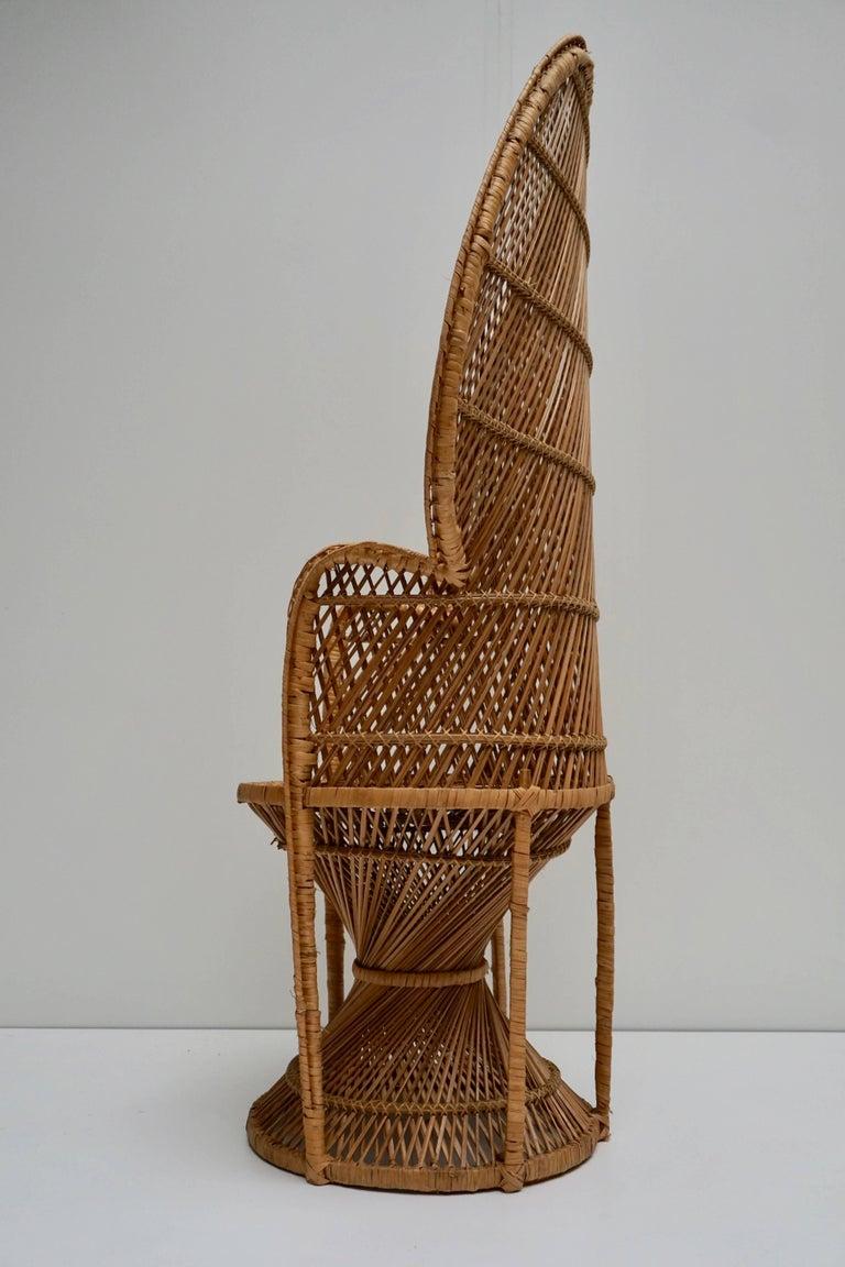 Large Vintage 1970s Wicker Emmanuel/Peacock Armchair For Sale 3