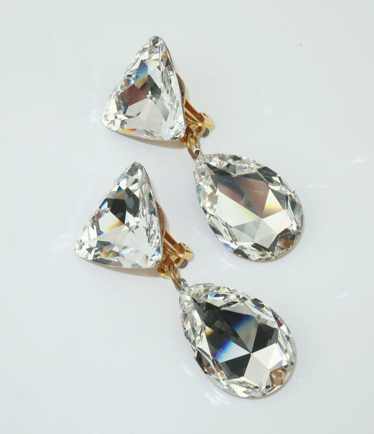 Women's Large Vintage Crystal Drop Clip On Earrings For Sale