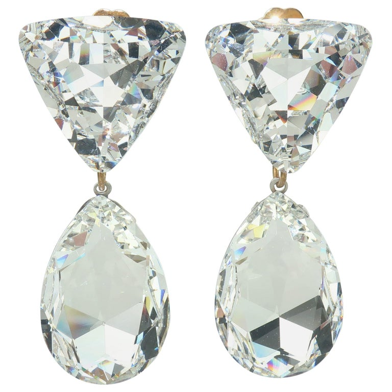 Large Vintage Crystal Drop Clip On Earrings For Sale