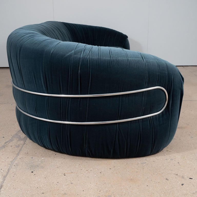 Late 20th Century Large Curved Sofa with Chrome Back Frame in Blue Velvet, Italy, circa 1980 For Sale