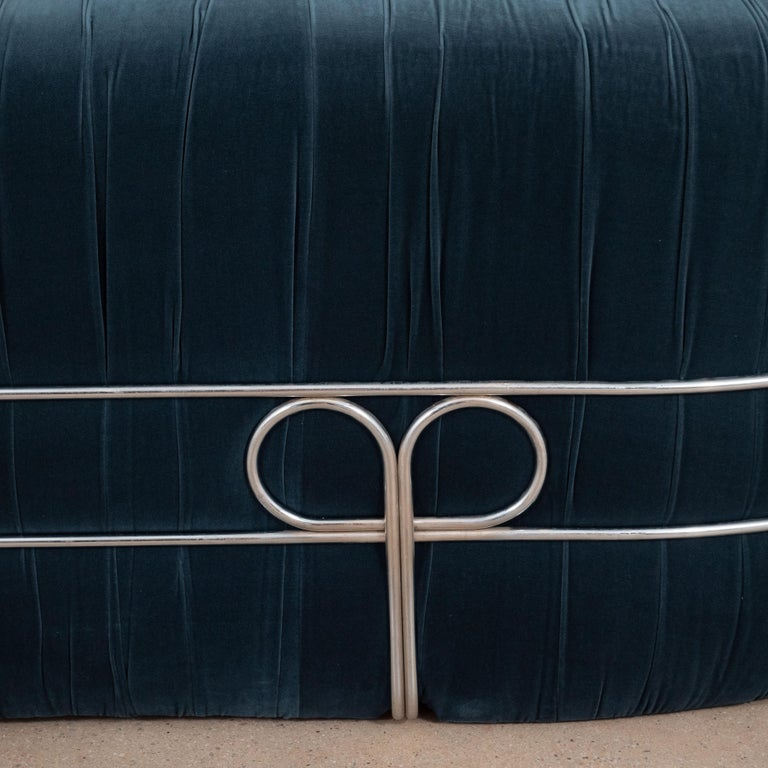 Large Curved Sofa with Chrome Back Frame in Blue Velvet, Italy, circa 1980 For Sale 3