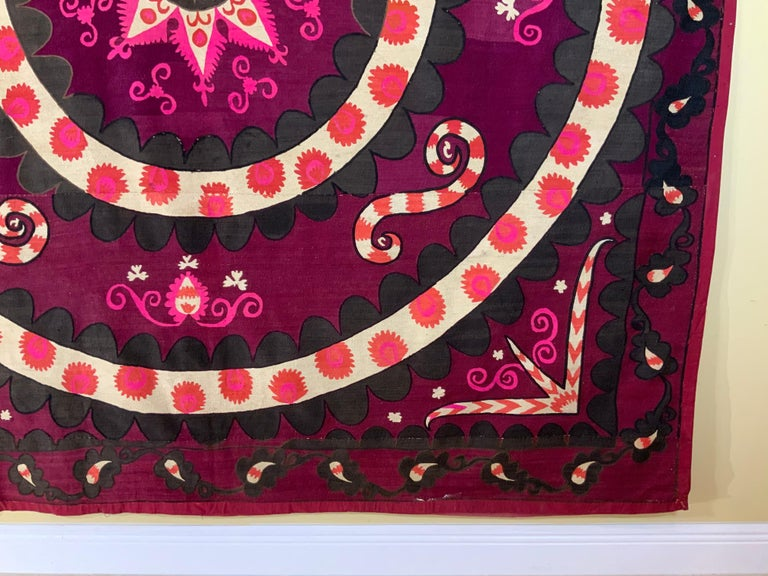 Large Vintage Embroidery Suzani Textile For Sale 1