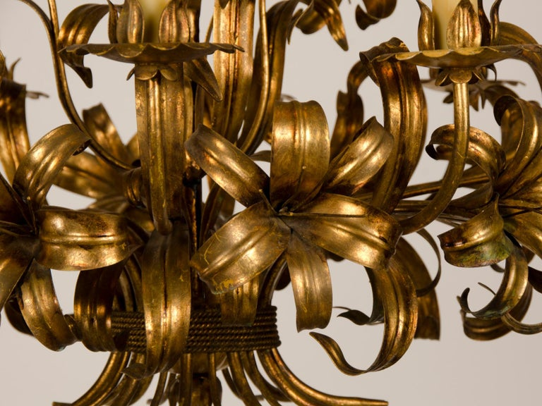 Large Vintage French Gilded Iron Tôle Flower Chandelier, circa 1940 For Sale 5